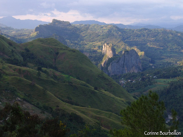 Spectacular mountainous landscape, at the entrance of Toraja country. Sulawesi, Indonesia. July 2007.