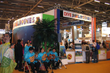 "Musical entertainment in front of the ""Dive Philippines"" stand at the 2008 Paris diving show."