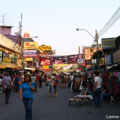 Khao San Road, the tourist street, still lively ... Bangkok, Thailand, January 2007.