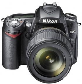 Le Nikon D90.