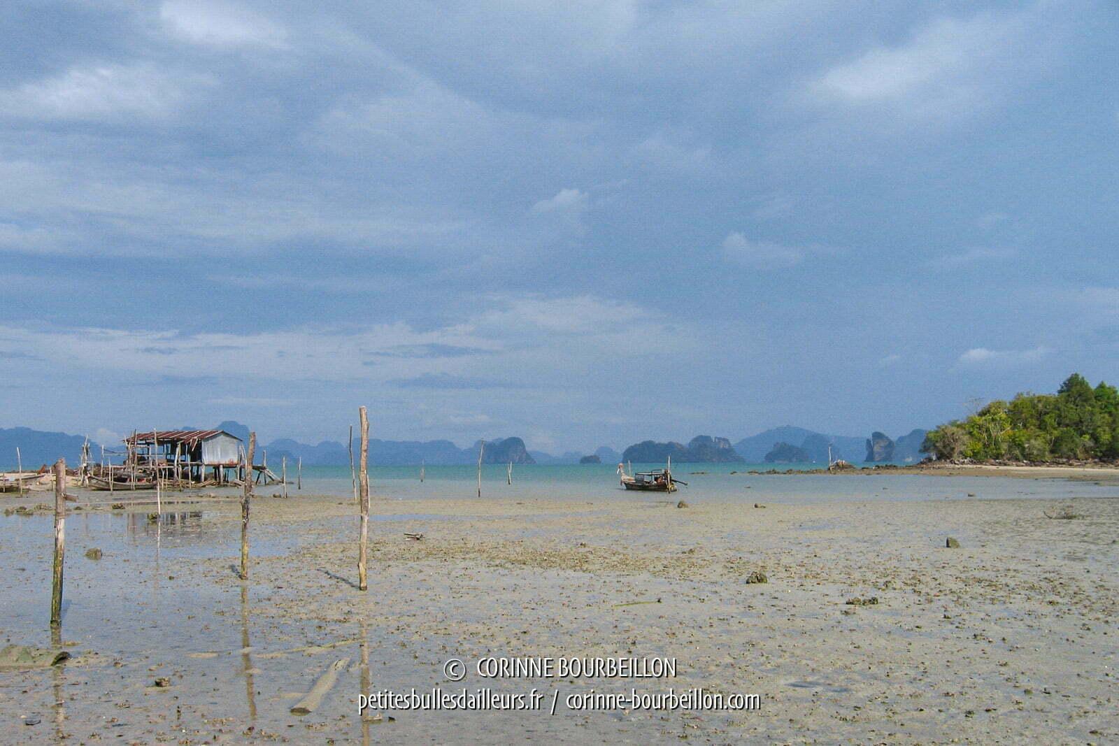 Marée basse à Koh Yao Noi. Thaïlande, février 2009.