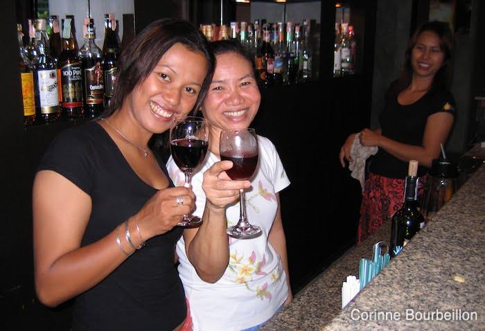 L'heure de l'apéro. Phuket, Thaïlande, février 2009.