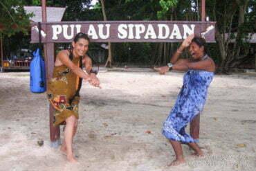 Linda et moi à Sipadan... Tortues et requins à gogo!!! (Bornéo, Malaisie, juillet 2009)