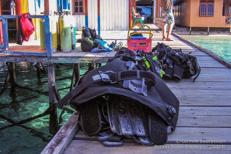 Dive equipment on the pontoon of losmen Danakan. (Derawan, Borneo, Indonesia, July 2009.)