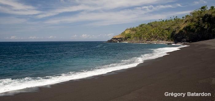 Pantai Songean