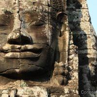 Les visages du Bayon. Cambodge, février 2011.