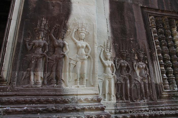 Les apsaras (danseuses célestes) à Angkor Wat. Siem Reap, Cambodge, février 2011.