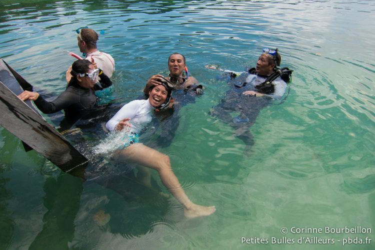 My new Indonesian friends came to spend a few days, like me, in the Derawan archipelago to dive. (July 2013.)