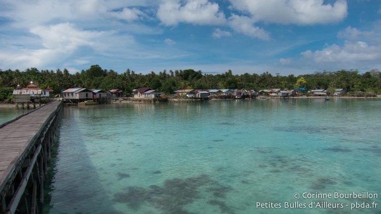Archipel de Maratua, Bornéo, Indonésie. Juillet 2013.