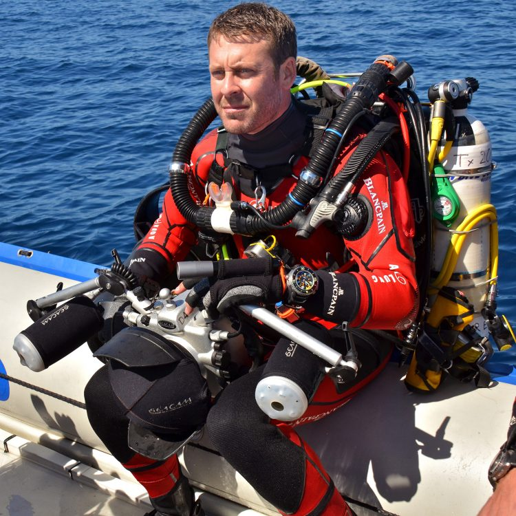 Laurent Ballesta during the Gombessa expedition, South Africa, end of April 2013. (Photo: Andromède Oceanology)