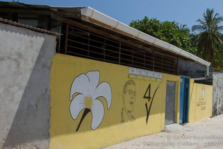 Le portrait de l'ex-président Nasheed, peint sur le mur d'une maison. Maldives, février 2014.