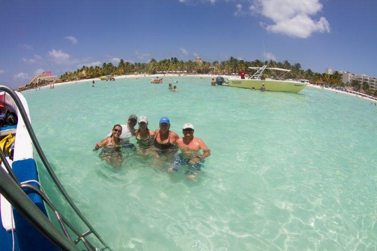 Que calor aquí ! Isla Mujeres, Playa Norte. Mexique, juillet 2014.