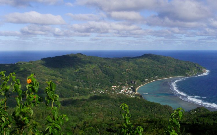 Rurutu Island. (Photo: Wikimedia / Jonathen Burckel)