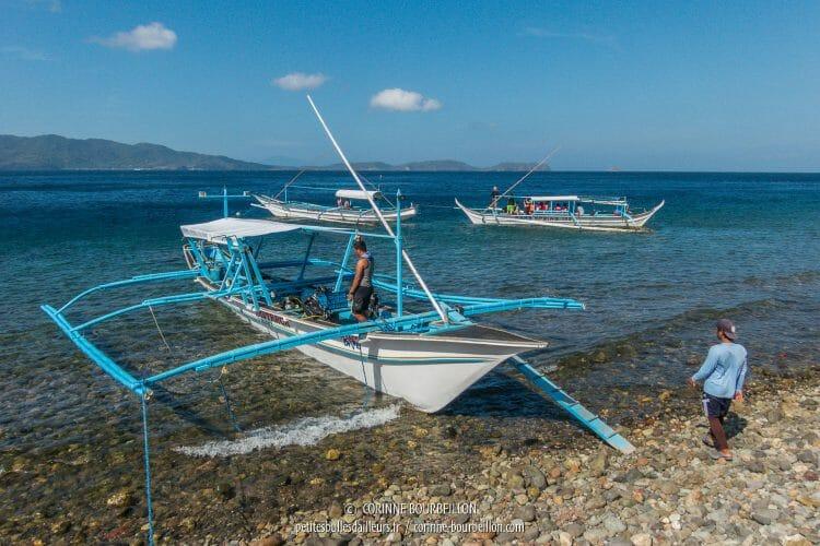 Aux Philippines, les plongées se font depuis des bangkas, ces bateaux traditionnels à balanciers. (Anilao, mars 2017)