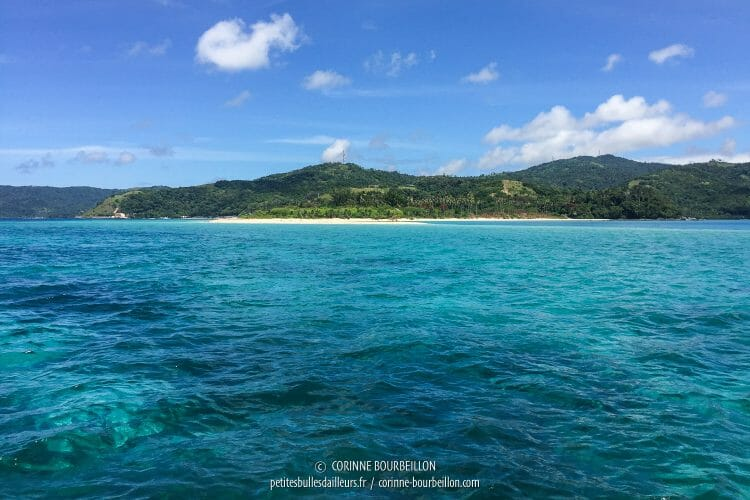 The azure waters of Romblon. (Philippines, March 2017)