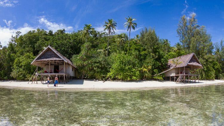 Les Deluxe Water Cottages du Kri Eco Resort. (Raja Ampat, juillet 2016)
