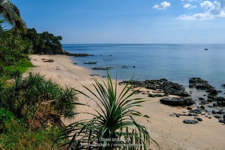 La plage de Nuy Bay. (Koh Lanta, Thaïlande, janvier 2007)