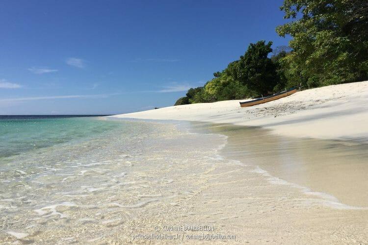 Et puis on n'est pas dérangé par la foule... (Ondoliang Beach, Centre-Sulawesi, Indonésie, juillet 2017)