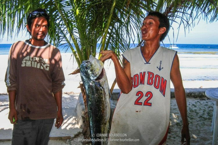 Pêcheurs à Siquijor. (Philippines, février 2008)