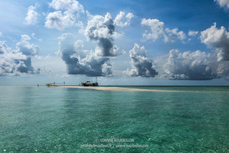 It is there, on this sandbank of the North Atoll, where the rangers live. (Tubbataha, Philippines, May 2018)