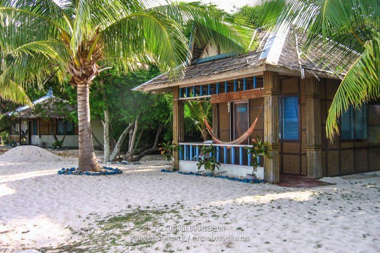 """Ma """"maison"""" chez Islanders Paradise... (Siquijor, Philippines, février 2008)"""