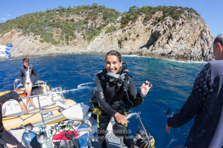 I'm smiling for the photo, but I'm freezing when I get out of the water... (Port-Cros, Hyères, France, July 2014)